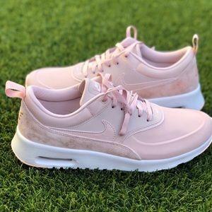Pink Nike Airmax!!